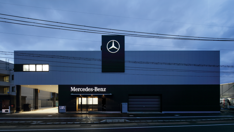 メルセデスベンツ サービス工場